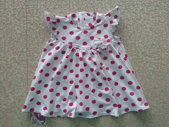 Детска рокля ТакеОne точки