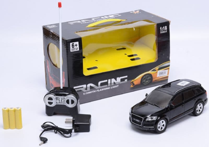 Кола Audi с радиоконтрол