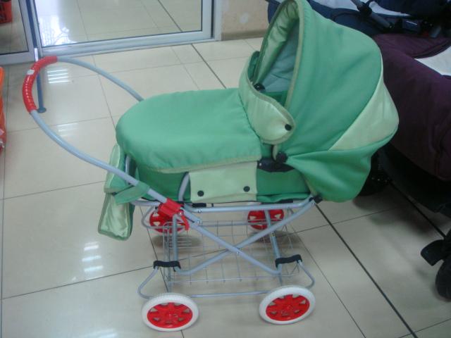 Детска количка за кукли А1 - Цвят: Зелен