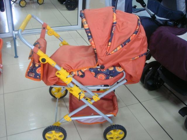 Детска количка за кукли А3 - Цвят: Кафяв