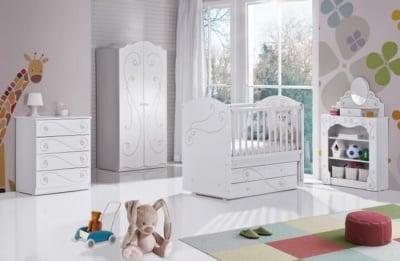 Обзавеждане за детска стая HAYAL с Кристали Swarovski
